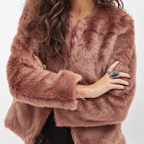 Forever 21 Jackets & Blazers - Collarless Faux Fur Jacket